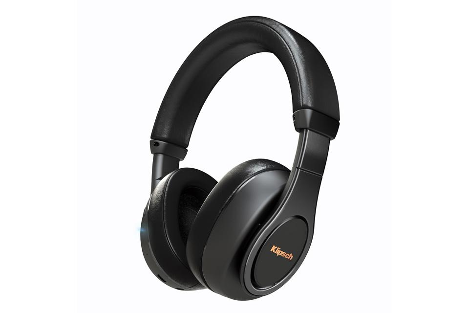 Trådløse over-ear hovedtelefoner fra Klipsch med foldbart design. De komfortable bluetooth hovedtelefoner har en ren og præcis basgengivelse med en sprød top.