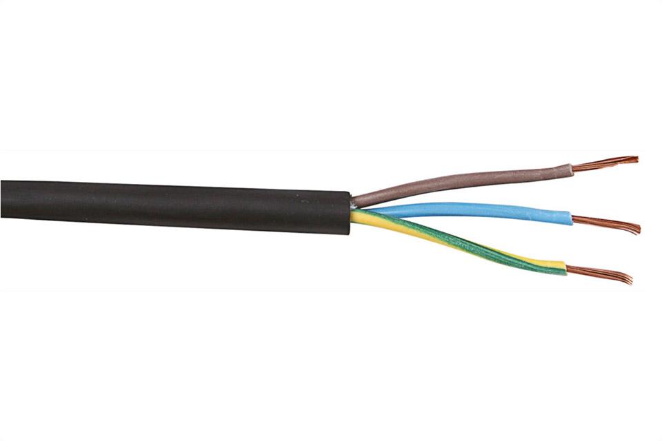 3 ledet kabel i gummi som kan benyttes både indendørs og udendørs, ideelt hvor der er krav om høj fleksibilitet.