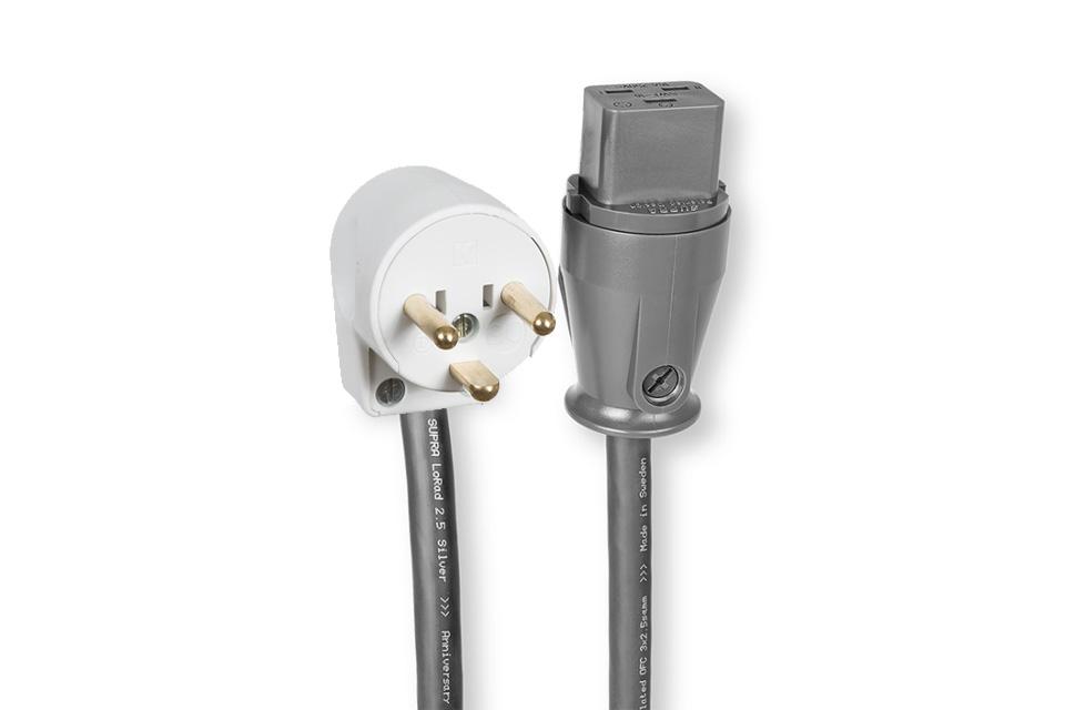 Anniversary udgave af det anerkendte Supra Lorad kabel, med sølvpletterede kobber ledere. Denne udgave har vinklet DK jordstik og 16A apparat hun.