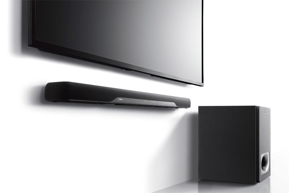 YAS 207 fra Yamaha er en enkel og elegang soundbar inkl. trådløs subwoofer. Stor lyd til en beskeden pris. Let lydstyring via HDMI med ARC.