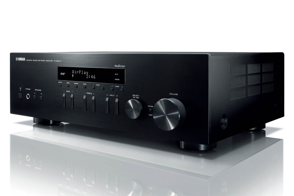 Yamaha R-N303D stereo receiver, sort