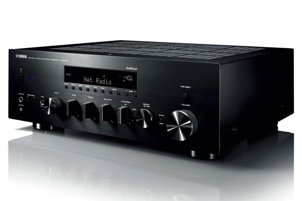 Yamahas bedste stereo receiver, med netværksfunktioner. R-N803D byder på audiofil ydelse og avanceret YPAO rum korrektion, for optimal lydgengivelse.