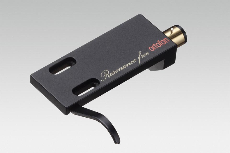 LH-9000 er en universal højkvalitets headshell i carbon fiber, der anbefales specielt til MC Windfield Ti, Cadenza serien og MC A95.