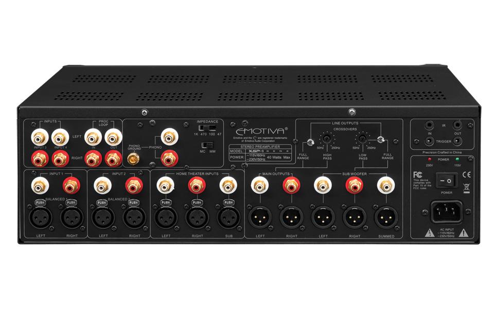 Emotiva XSP-1 forforstærker tilslutninger