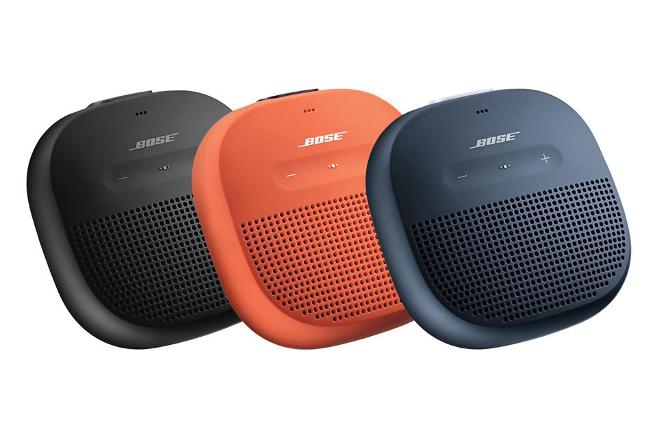 Den vandtætte SoundLink Micro byder på usammenlignelig lyd for sin størrelse, bluetooth teknologi og op til 6 timers batteritid.