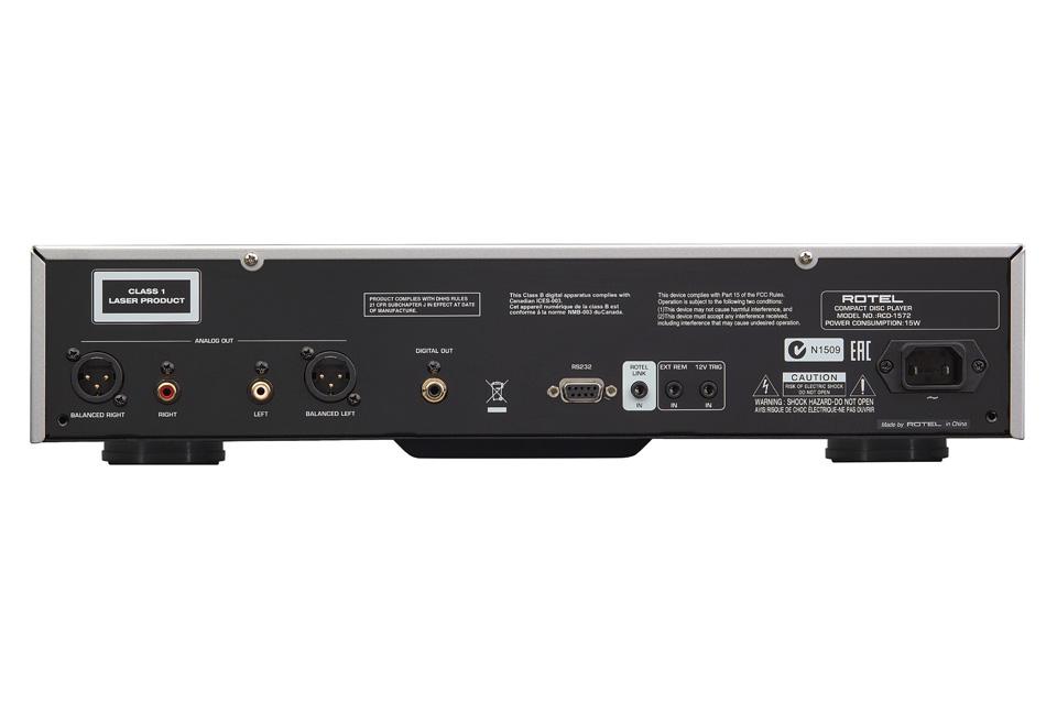 Rotel RCD-1572 CD-afspiller, rear