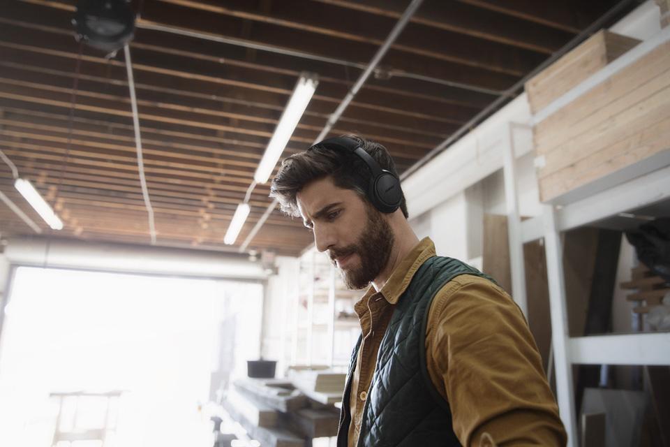 Bose SoundLink trådløse on-ear hovedtelefoner, lifestyle