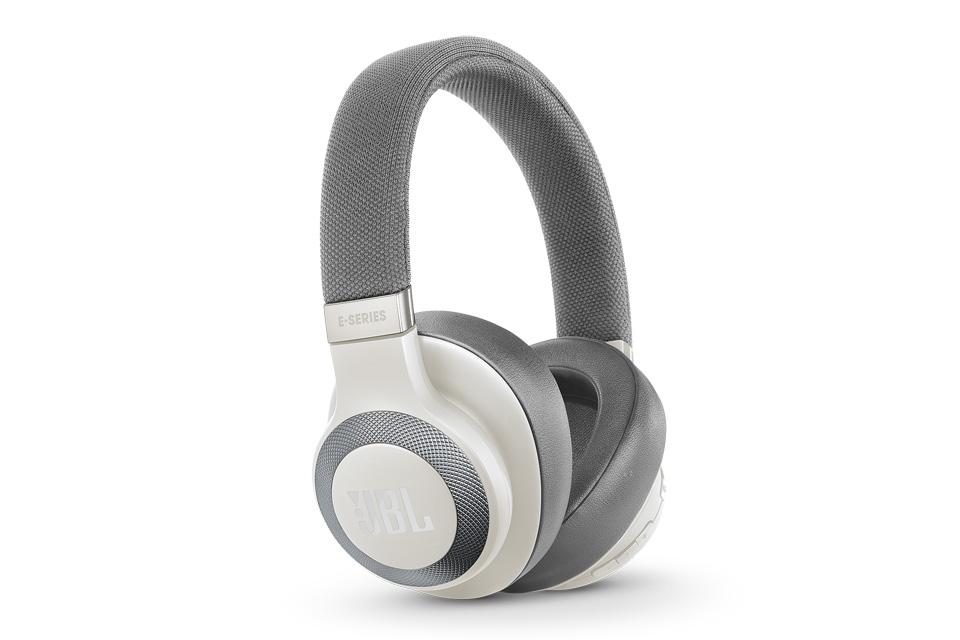 JBL E65BTNC trådløse hovedtelefoner, hvid