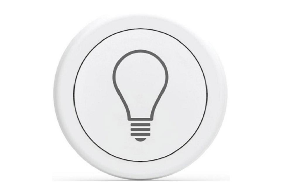 Flic giver dig 3 tryk muligheder til at betjene dit smartlys. Virker som trådløskontakt for Philips Hue, Ikea Trådfri og Osram Lightify. 24 måneders batteritid.