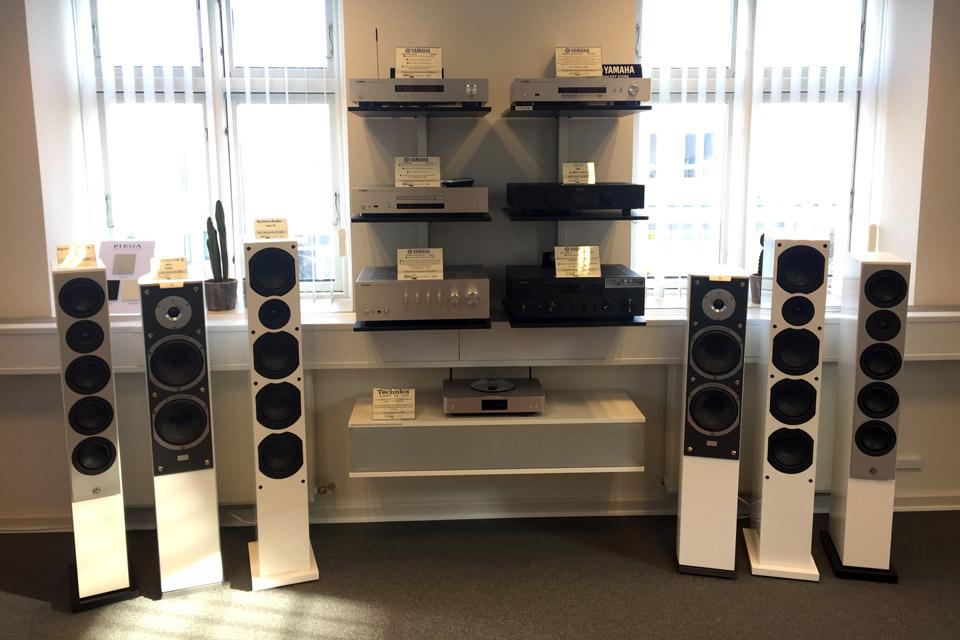 , AV-Connection Odense 1. Sal - Hi-Fi stereo