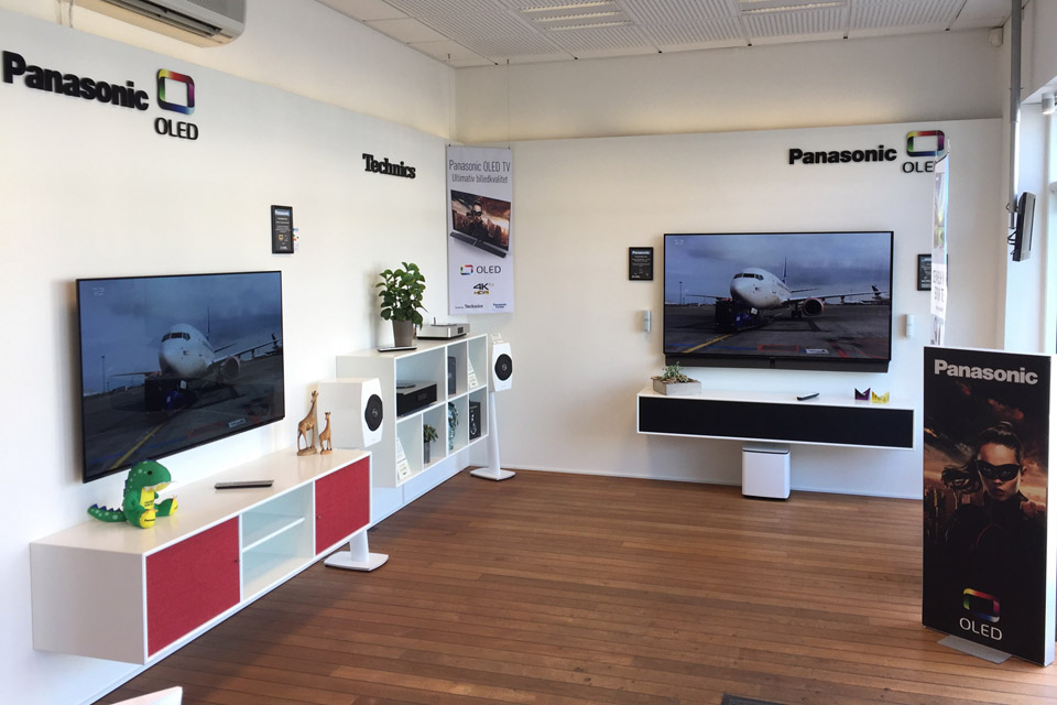 , AV-Connection Odense Store: OLED TV, Technics and Frislev furnitures
