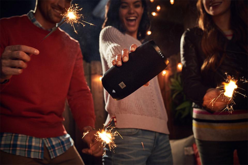 JBL Link 10 smart højtaler, lifestyle