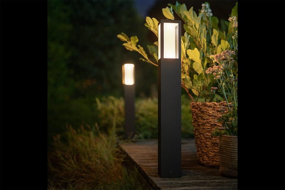 Philips Hue Outdoor impress søjlelampe