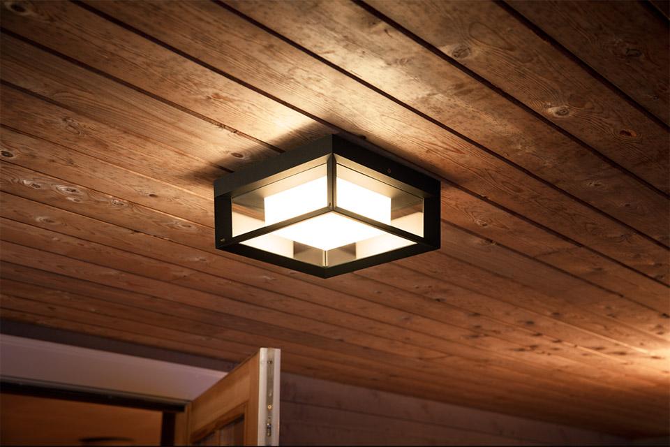 Philips Hue Outdoor Econic firkantet væglampe