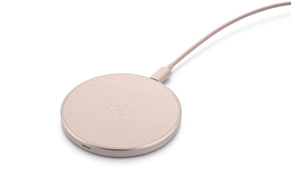 B&O Play Charging pad, limestone