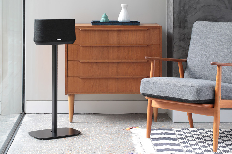 SoundXtra floor stand for Harman Kardon Citation 300, lifestyle