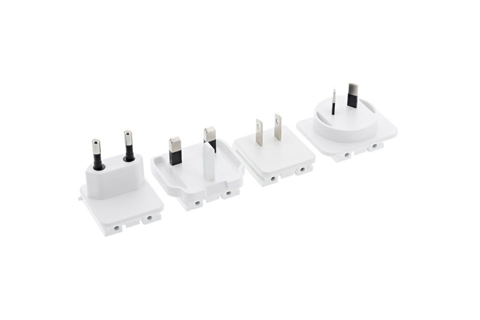 travel adapter set for InLine 4-way USB charger - white