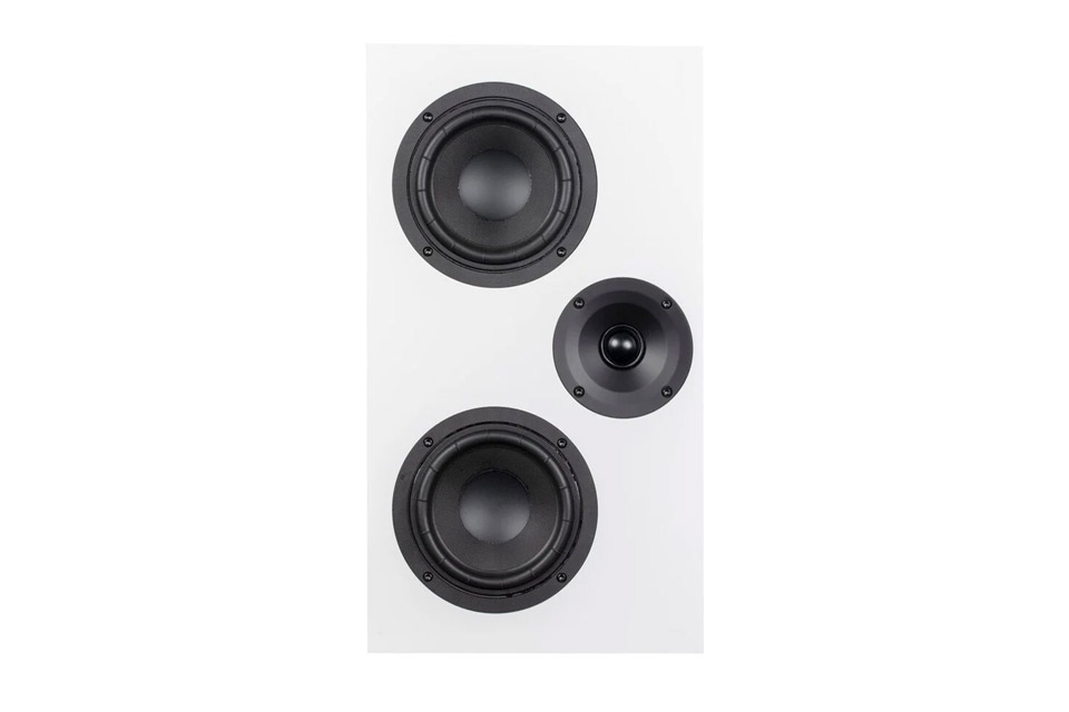 System Audio Legend 7 on-wall speaker, white satin