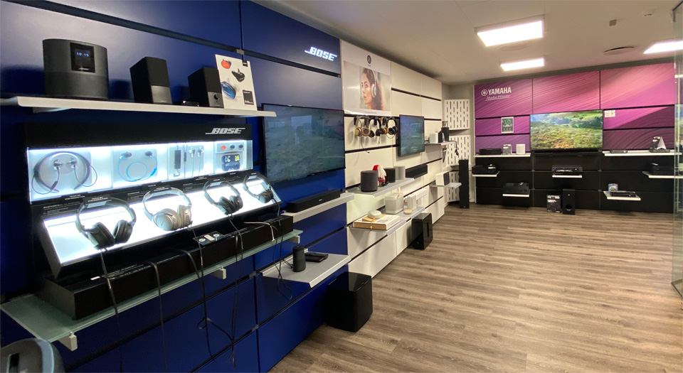 , AV-Connection Sønderborg Showroom 1: TV audio, streaming and headphones