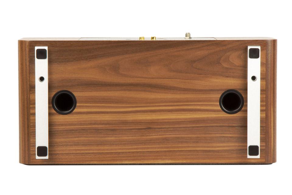 Ruark Audio R3 music system table top FM/DAB+ internet radio with bluetooth - Walnut bottom