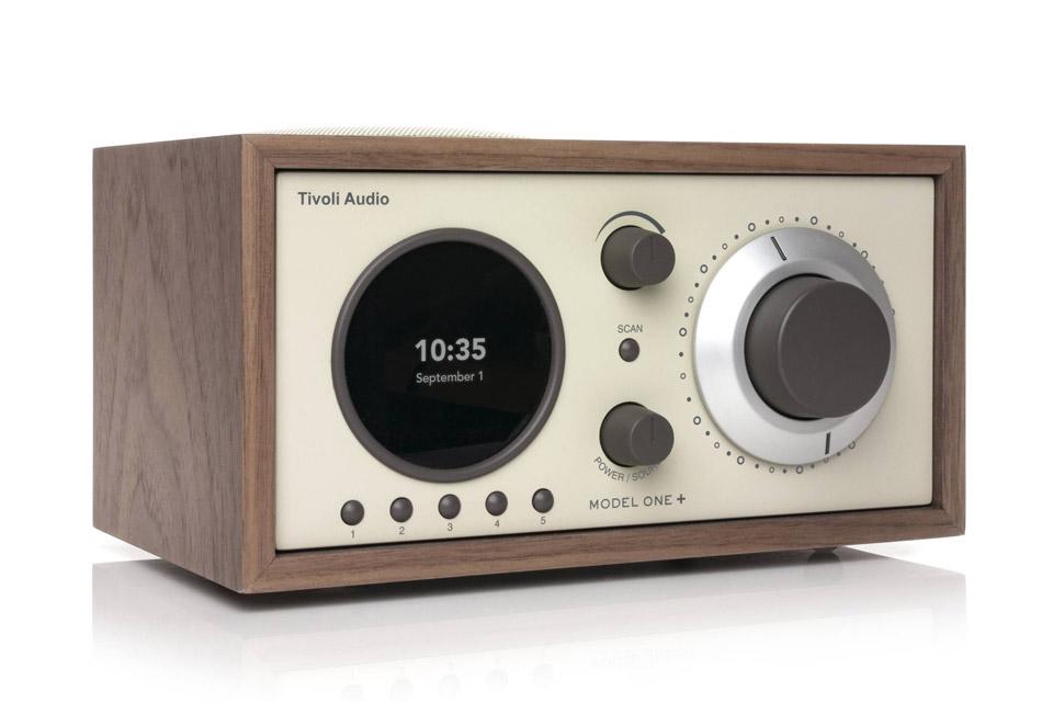 Tivoli Audio Model One+ radio, walnut/beige