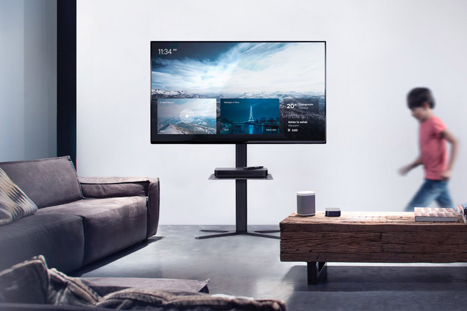 One For All WM 4672 TV floorstand - Lifestyle