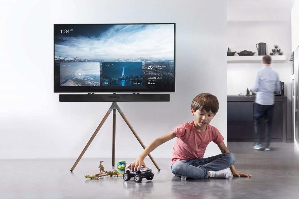 One For All WM 7471 Tripod TV floorstand - Walnut lifestyle
