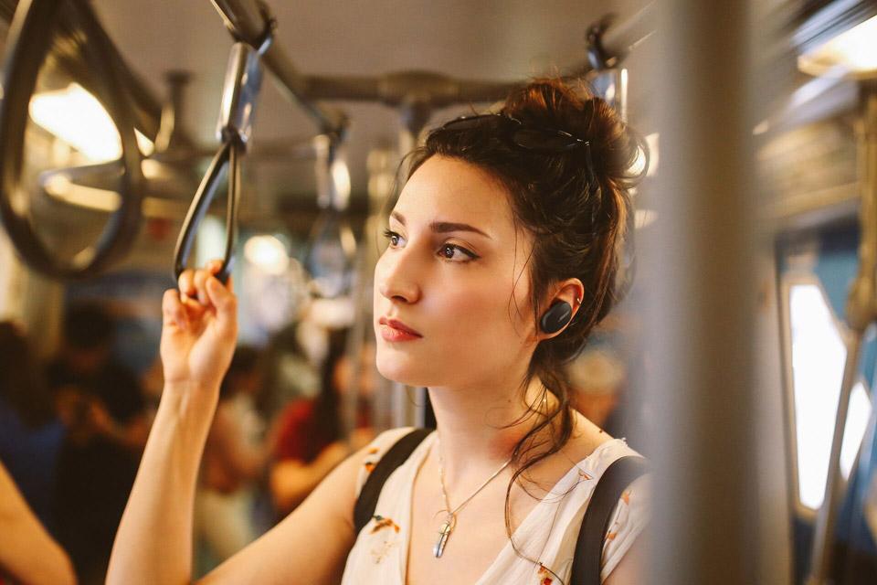 Bose QuietComfort Earbuds, lifestyle