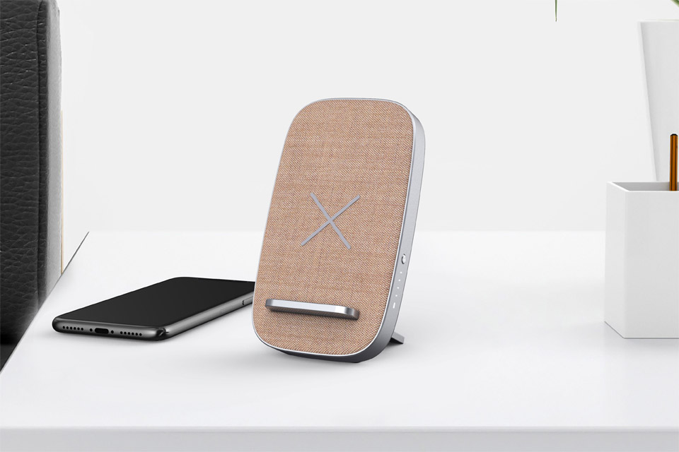 SACKit CHARGEit stand, lifestyle