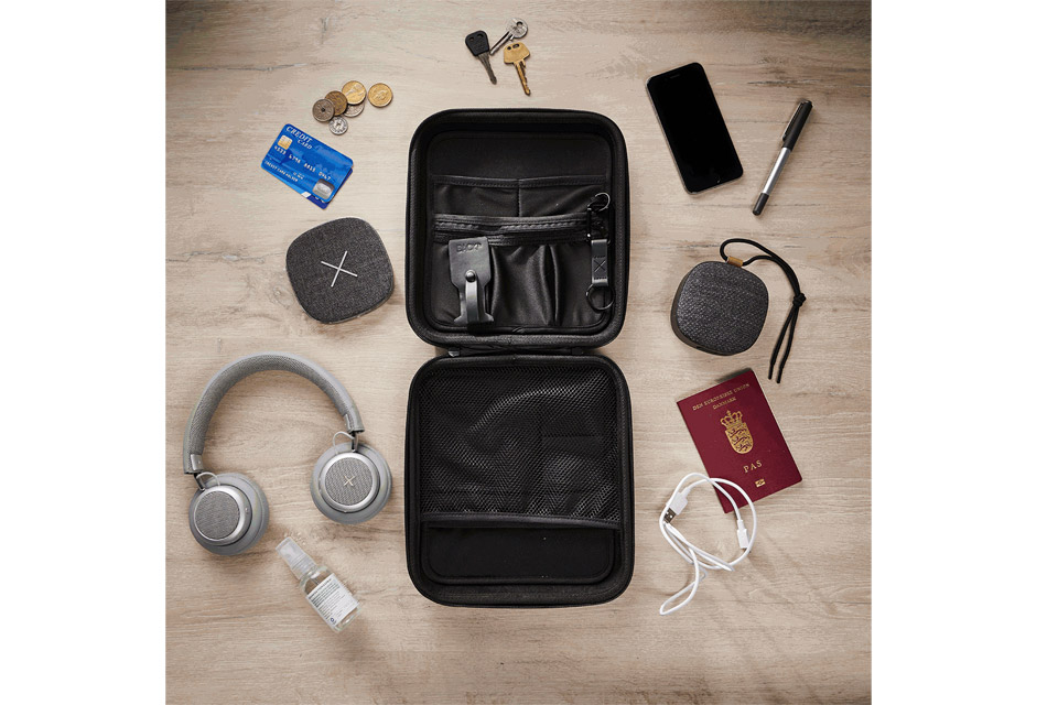SACKit CARRYit case, lifestyle