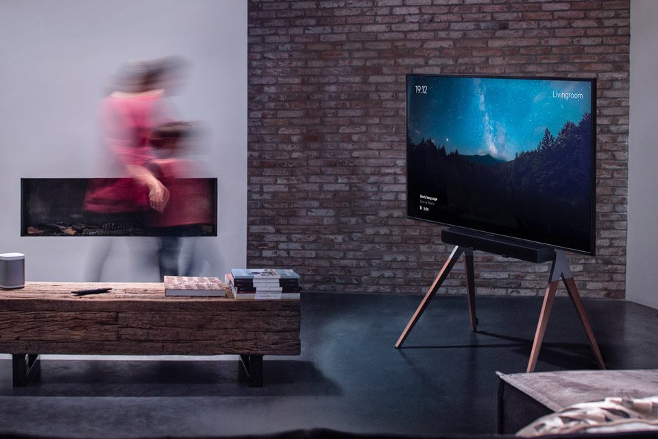 One For All WM 7481 TV floorstand - Lifestyle