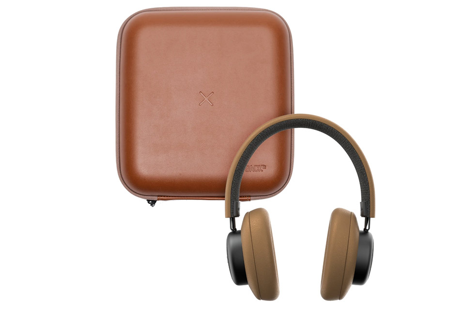 SACKit TOUCHit over-ear headphones, golden incl. brown cover