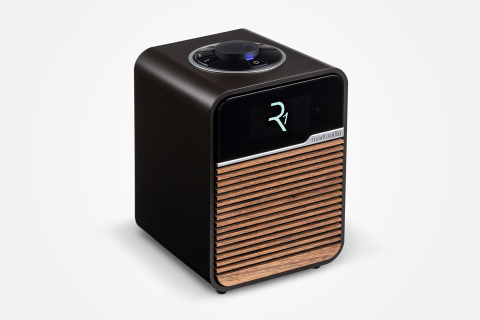 Ruark Audio R1 MK4 FM/DAB+ table top radio with Bluetooth - Espresso