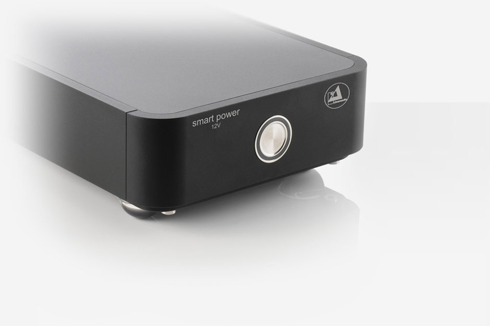 Clearaudio Smart Power 12V - Black front