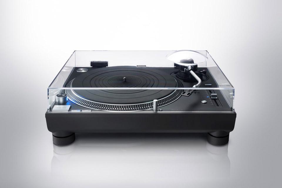 Technics SL-1210GR turntable