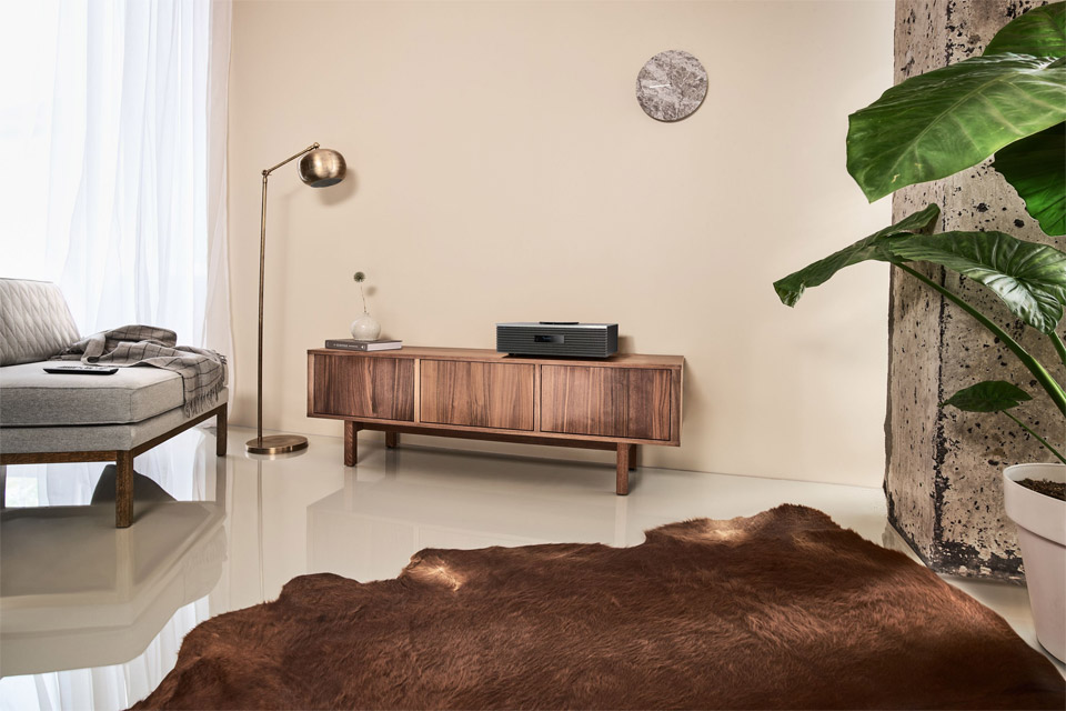 Technics SC-C70 MKII stereo system, lifestyle