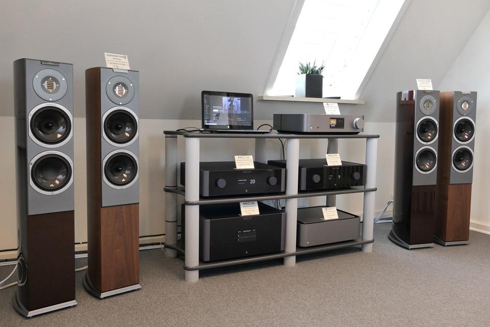 , AV-Connection Odense 1. sal: High-End stereo