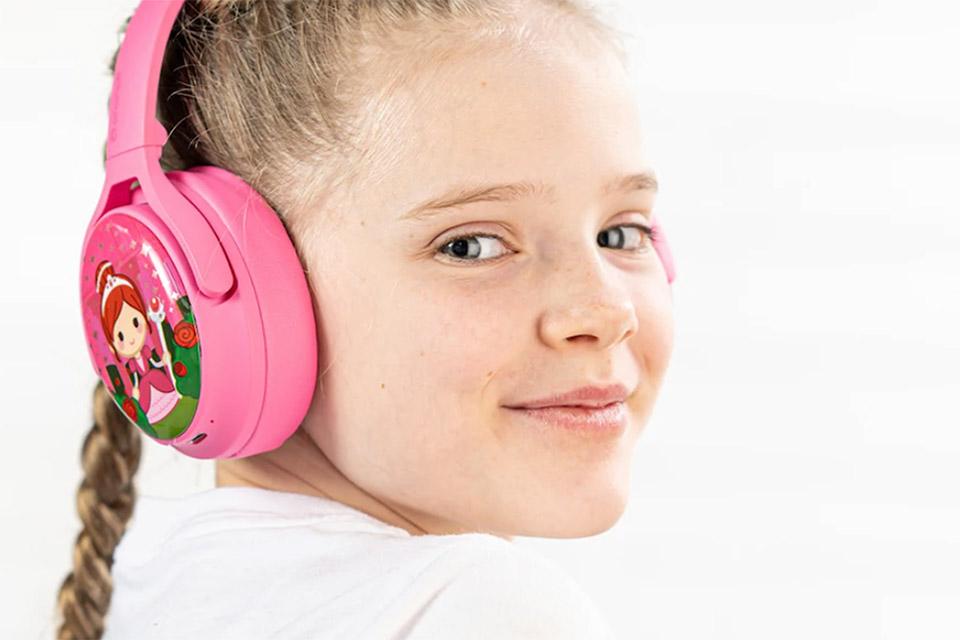 Buddy Phones Cosmos+ headphones, lifestyle