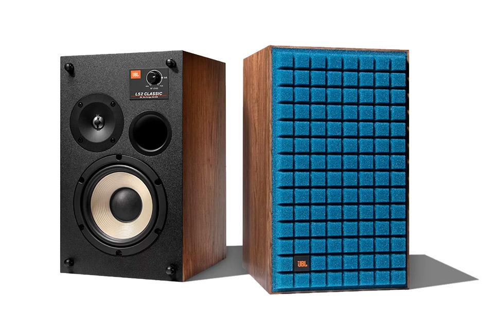 JBL Synthesis L52 speakers, blue
