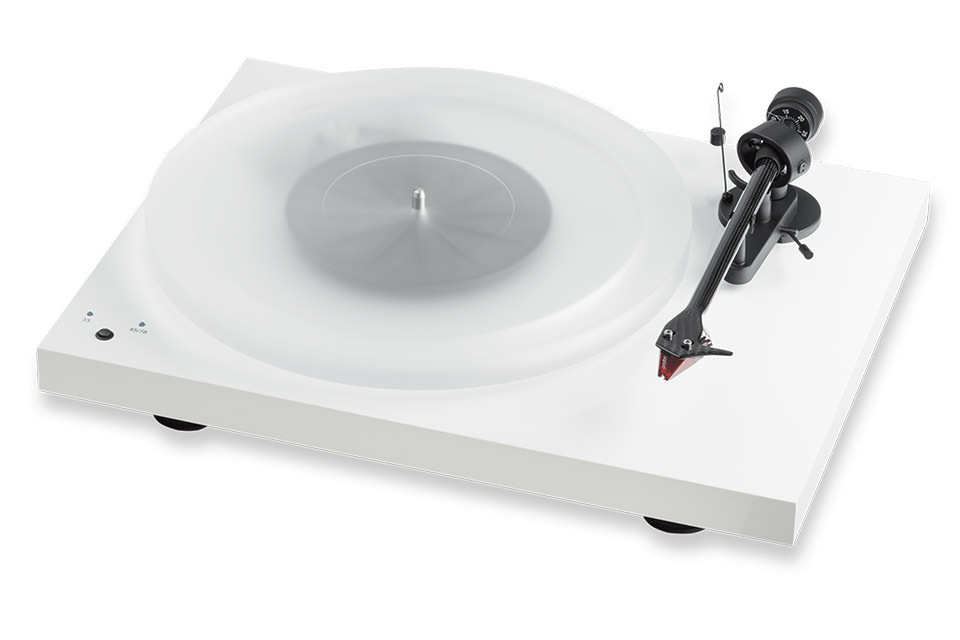 Pro-Ject Debut Carbon Record Master Hi-Res, White