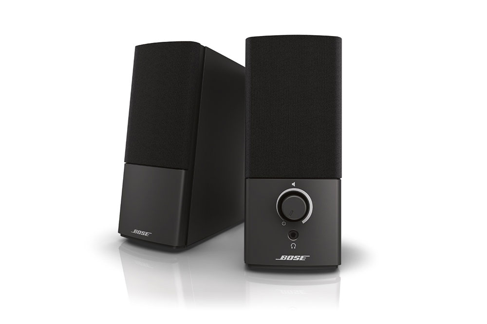 Det mest prisvenlige computer højttalersystem fra Bose der giver en væsenligt opgradering af lydkvaliteten i forhold til de almindelige PC højttallere
