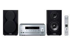 Stereoanlæg med højttalere